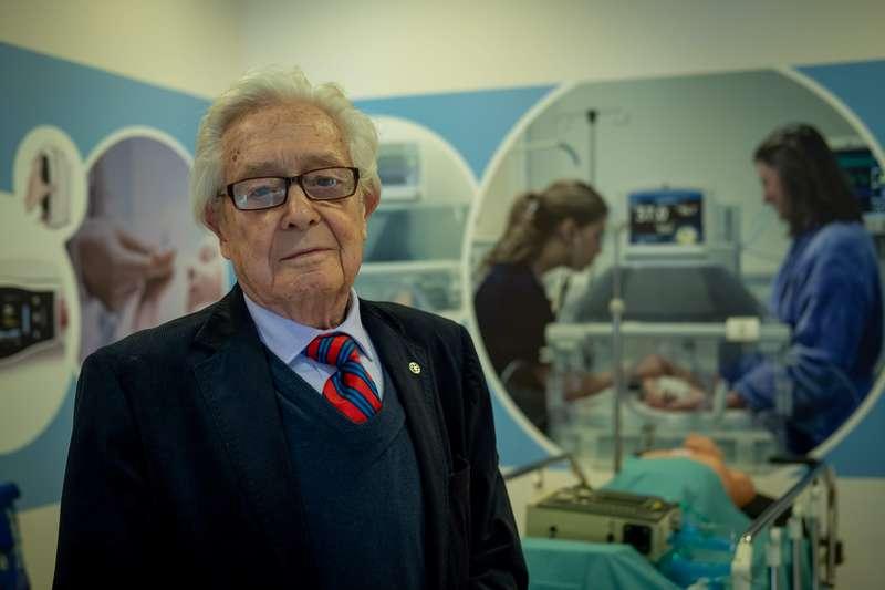 Profesor Enrique Torres O.